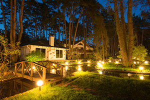Outdoor Lighting Tips: How Can I Save on Costs?